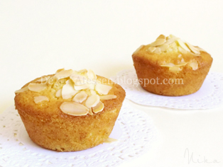 mini orange almond cakes