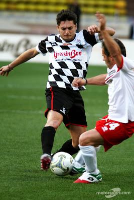 Джанкарло Физикелла на благотворительном футбольном матче перед Гран-при Монако 2014