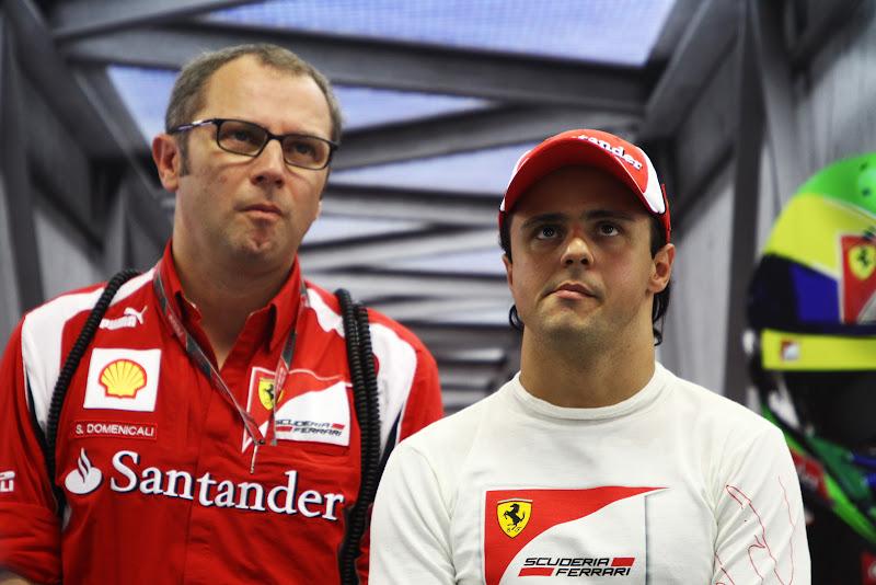 Стефано Доменикали и Фелипе Масса в боксах Ferrari на Гран-при Сингапура 2011