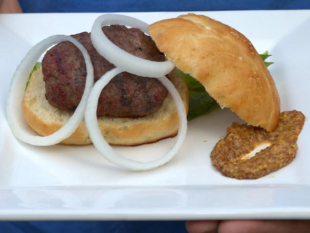 Coburger Brautwurst Burger