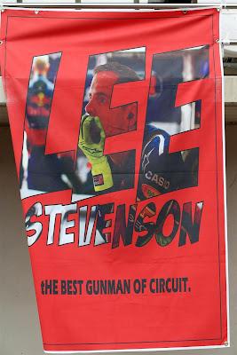 баннер болельщиков Ли Стивенсона на Гран-при Кореи 2012