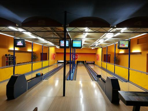Cafe Rolling, Bowling & Kegelbahnen, Laahener Str. 30, 4600 Wels, Österreich, Bowlingbahn, state Oberösterreich