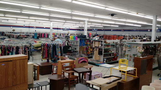 Thrift Store «Eau Claire Goodwill Retail Store & Training Center», reviews and photos