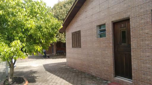 Pousada Caramuru, R. João Gonçalves da Silva, 481 - Caramuru, Arambaré - RS, 96178-000, Brasil, Residencial, estado Rio Grande do Sul