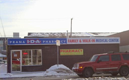 Prana Family Medical Centre, 208 Regent Ave W, Winnipeg, MB R2C 1R2, Canada, Medical Center, state Manitoba