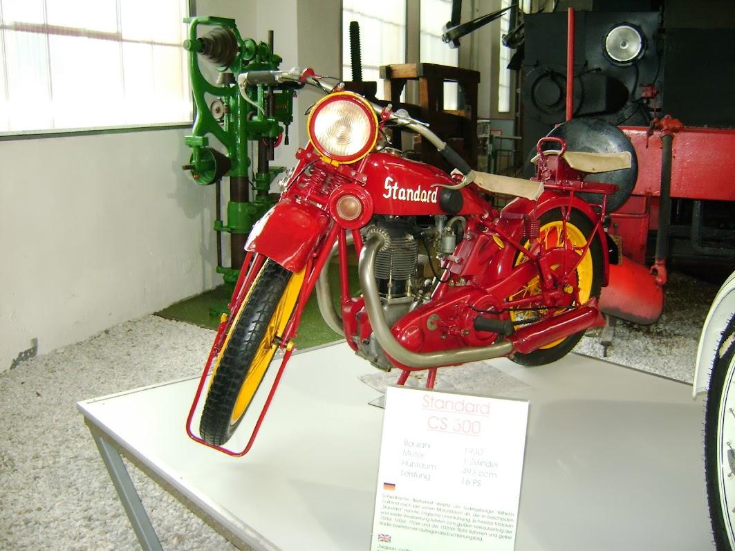 Standard von 1930 schwarz rot gold