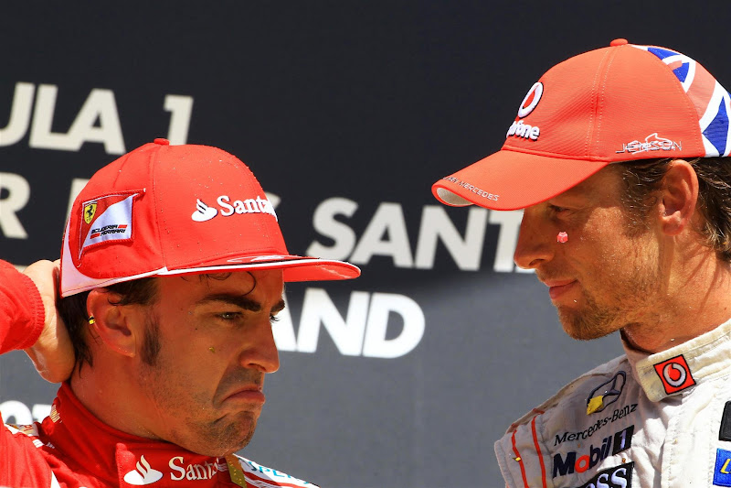 Фернандо Алонсо и Дженсон Баттон на подиуме Гран-при Германии 2012