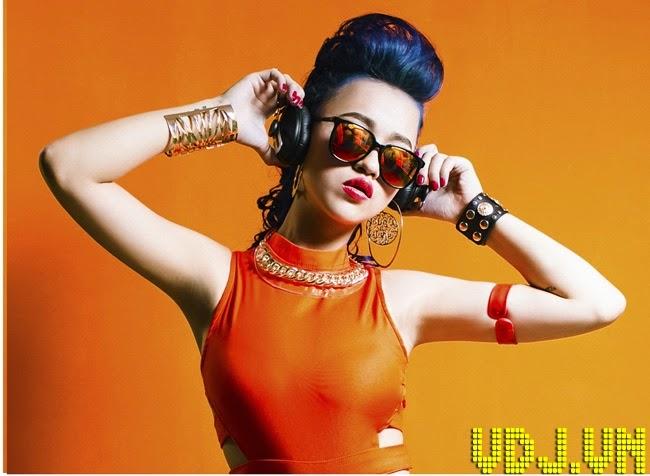 Nóng Bỏng Và Cuồng Nhiệt Cùng Hot Girl DJ Tít Xinh