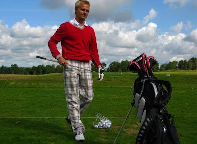 Хейкки Ковалайнен на турнире по гольфу