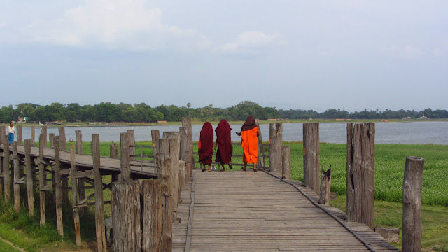 Monks on the U Bein teak bridge.