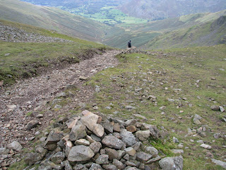 Descending to Grisedale Hause