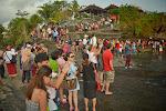 oprócz nas było też kilka innych osób spoglądających na świątynię