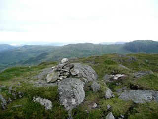 Tarn Crag Summit looking to Viewpoint Cairn