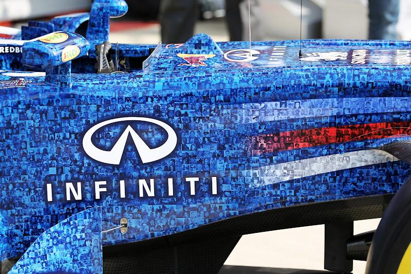 Wings For Life Red Bull в раскраске фотографий болельщиков на Гран-при Великобритании 2012