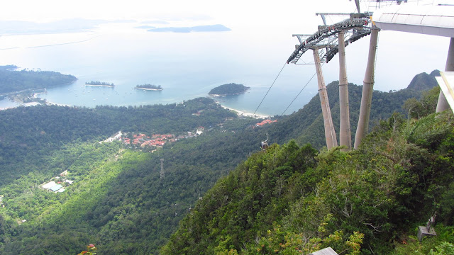 The 2km long Panorama Langkawi Cable Car.