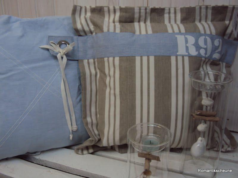 deko kissen kissen maritim nieten r92 blau beige wei. Black Bedroom Furniture Sets. Home Design Ideas