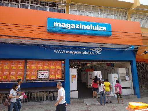 Magazine Luiza Centro de Viçosa - Loja 596, R. Artur Bernardes, 24 - Centro, Viçosa - MG, 36570-000, Brasil, Loja_de_aparelhos_electronicos, estado Minas Gerais