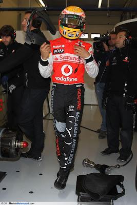 комбинезон Hugo Boss Льюиса Хэмилтона для Гран-при Турции 2011