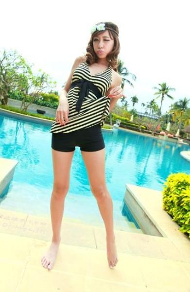 Korea Girl Tankini Halterneck Stripes Two Pieces Swimsuit Shorts Bathing Set 1bN
