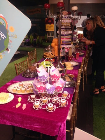 Cupcakes and more at Holland and Barrett's tea party