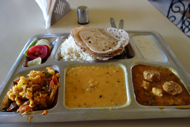 Thali lunch at Nahargarh Fort.