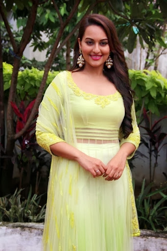 Sonakshi Sinha in Greena Salwar Suit Dress