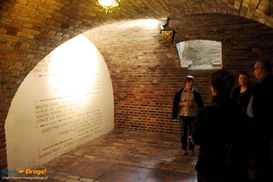 Sandomierz zwiedzanie podziemi z przewodnikiem