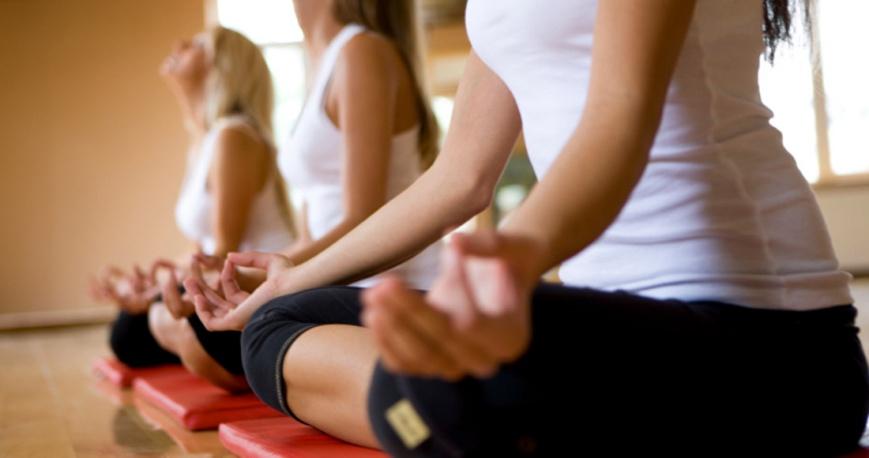 Наша книга опровергает представление о том, что йога - это сложный комплекс