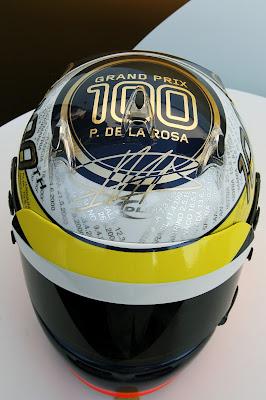 шлем Педро де ла Росы в честь 100-ого ГП на Гран-при Италии 2012