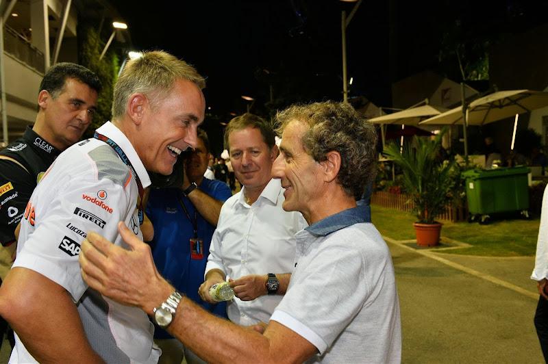 Мартин Уитмарш, Алан Прост и Мартин Брандл в паддоке Гран-при Сингапура 2013