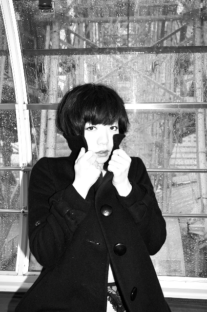 Shinjuku Mad - Nevermind the living 01