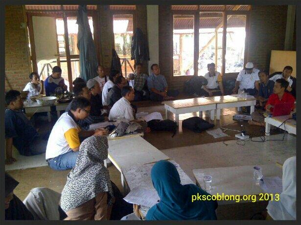 Peserta rapat kerja DPC PKS Coblong