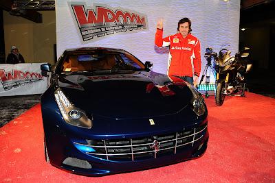 Фернандо Алонсо между Ferrari и Ducati на Wrooom 2012