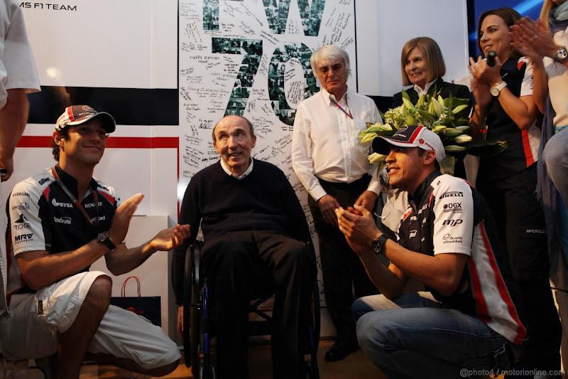 Фрэнк Уильямс Бруно Сенна Пастор Мальдонадо Берни Экклстоун на праздновании 70-летия на Гран-при Испании 2012