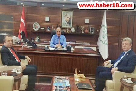 Milletvekili Akbaşoğlu ve Başkan Kaymak Taleplerini Bölge Müdürün