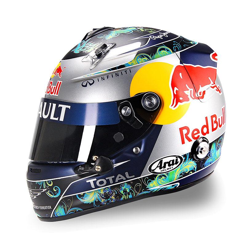 шлем Себастьяна Феттеля для Гран-при Бразилии 2011 - вид сбоку