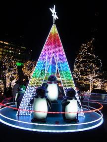 JR東日本本社ビルのクリスマスイルミネーション2012