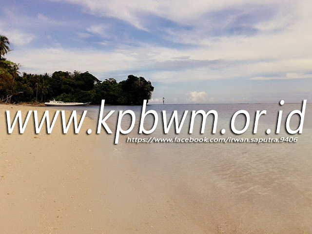 pantai pasir putih lomboqna tubo