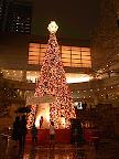 東京オペラシティのクリスマスイルミネーション2011