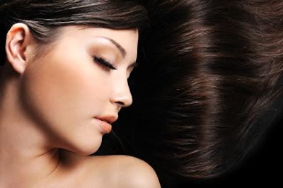 10 Cara Cepat dan Alami Memanjangkan Rambut