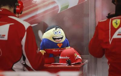 талисман Ferrari и Фернандо Алонсо на Гран-при Германии 2012