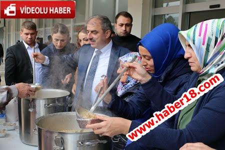 �ank�r� Belediye Ba�kan� Din�, Engelliler ile Birlikte A�ure Da��tt�