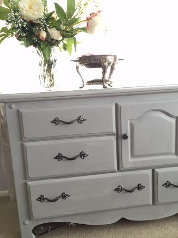Style Sisters Painted dresser Annie Sloan Paris Grey