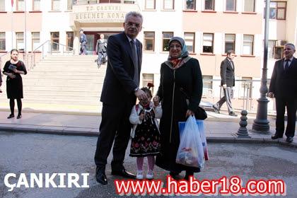 Vali Vahdettin Özcan 8 Mart Dünya Kadınlar Günü'nde Kad