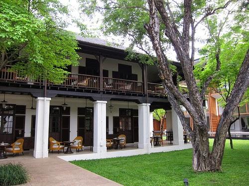 Anantara酒店環境一向有保證,而酒店餐廳由英國領事館改建而成