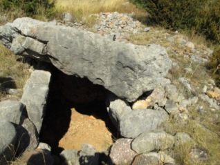 Dolmen de la Cabana de Perauba excavado