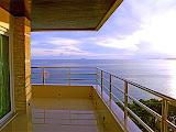 big 1 bedroom beach front unit     to rent in Pratumnak Pattaya