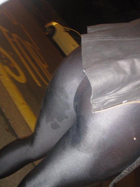 Embaladas a vácuo - Belas mulheres com roupas super apertadas - Parte 25