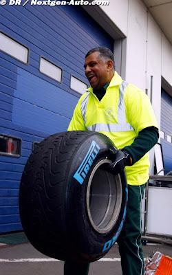 Тони Фернандес таскает промежуточную резину Pirelli на Гран-при Германии 2011