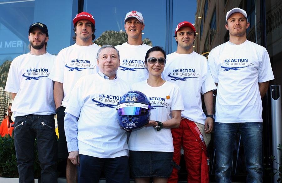 пилоты Формулы-1 в футболках Action for Road Safety на Гран-при Монако 2011